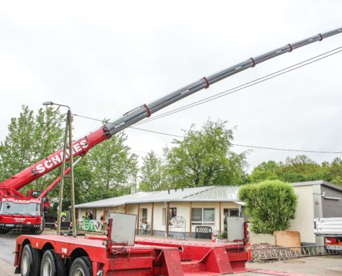 Grove GMK 5250L Kran Autokrane Schares Kraneinsatz Tierheim Wesel mit Tiefbett- und Semitiefladerkombinationen